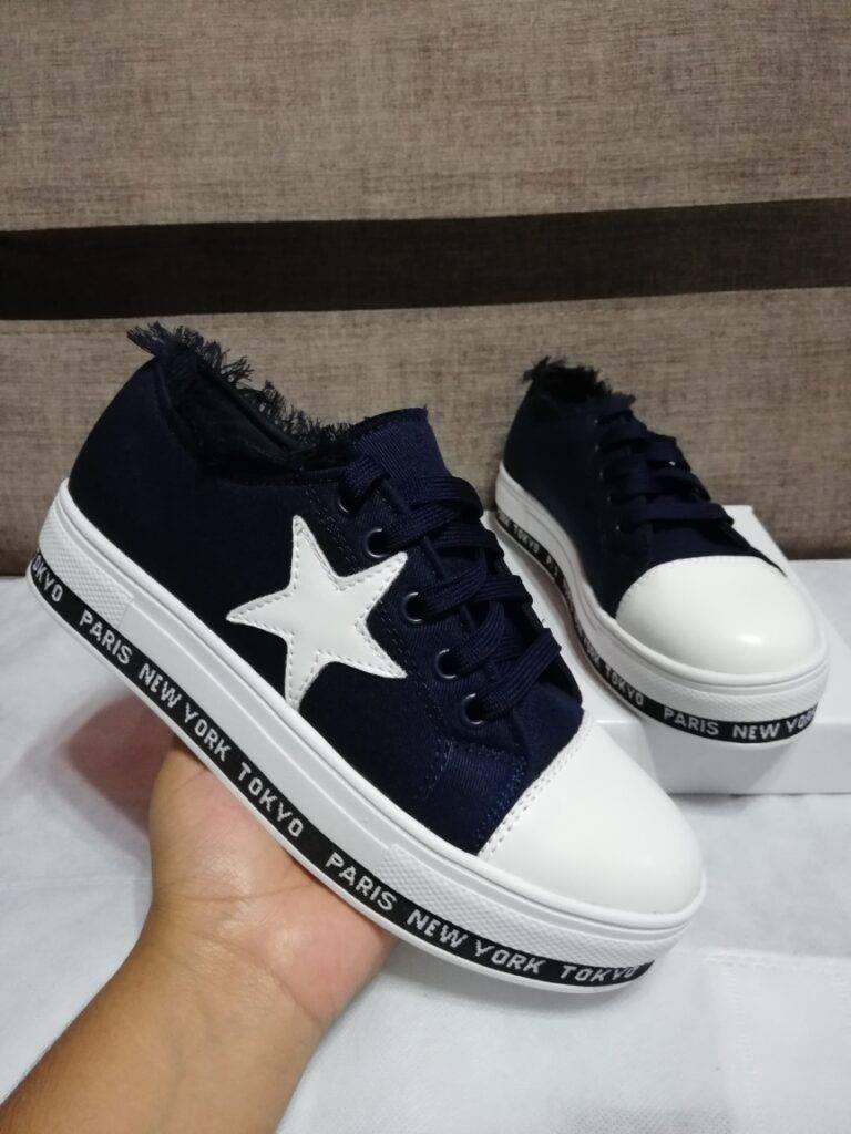 Zapatillas con estrellas