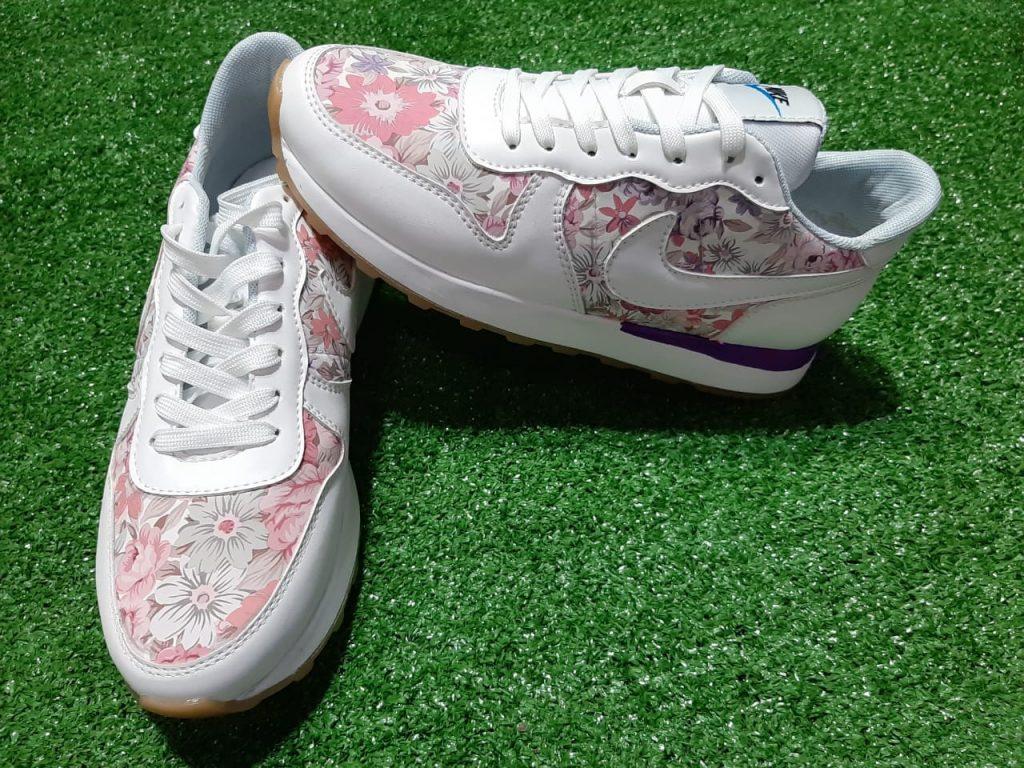 Zapatillas clásicas para damas