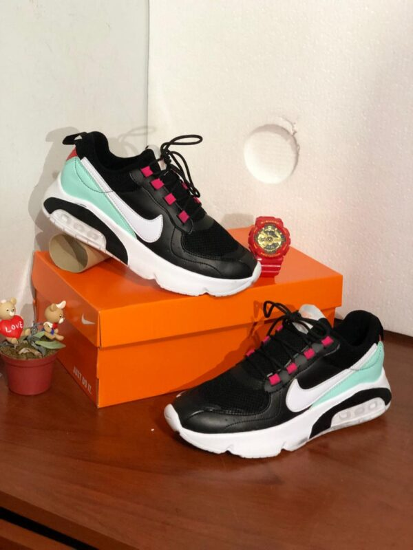 Zapatillas NK Run para damas